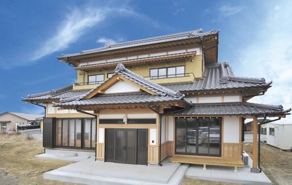 二階建て入母屋造りの家~泉町Y様邸